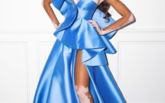 Winnie Harlow is a modern Cinderella for the night of the 2021 Oscars
